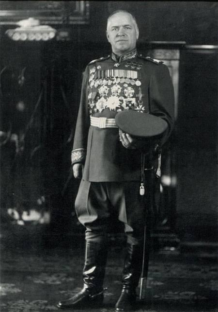 23 января 1943 Г.К.Жукову было присвоено звание Маршала Советского Союза
