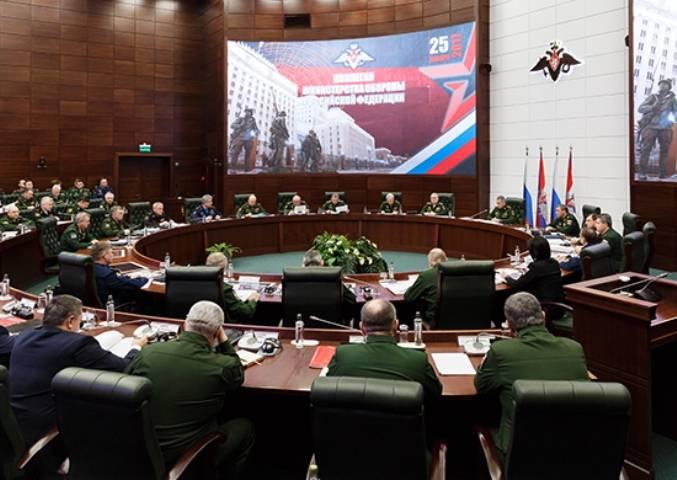 Шойгу: Южный округ необходимо укреплять из-за нестабильной ситуации на Украине и Северном Кавказе