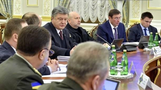 Порошенко призвал срочно модернизировать танки