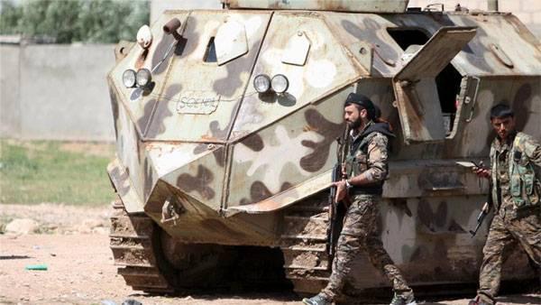 アメリカの連合はシリアに装甲車両を供給した「民主党員」