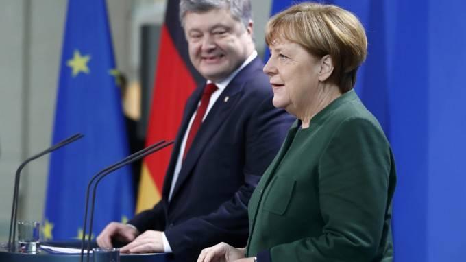 СМИ ФРГ: Правительство Германии винит Киев в эскалации конфликта в Донбассе
