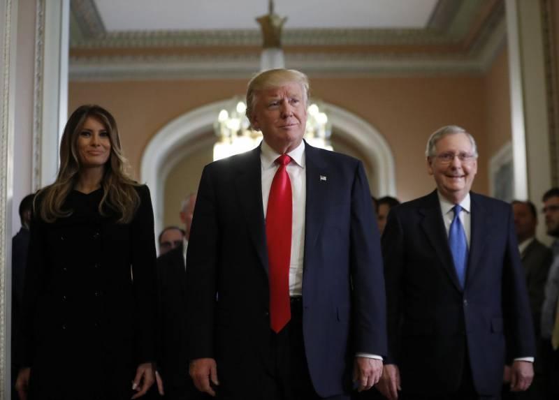 The National Interest: Трампу придется противостоять американской элите