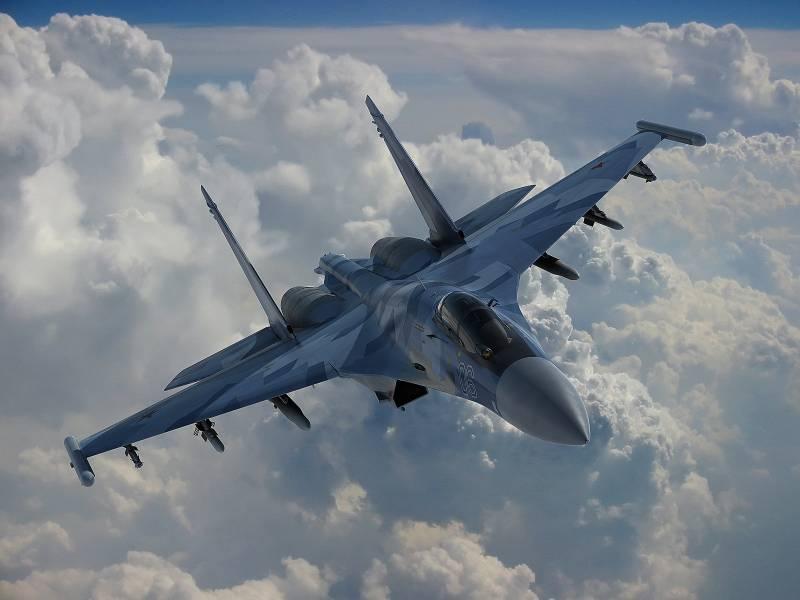 Проблемные места F-22 и преимущества Су-35