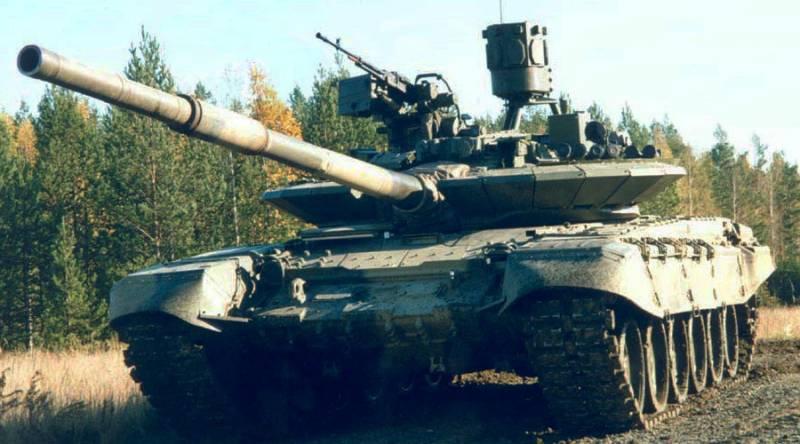 В РФ испытывают новый комплекс активной защиты для танков