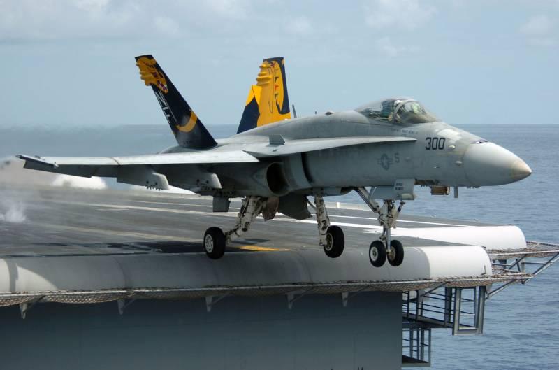 Планируется переброска палубной авиации США на новую авиабазу в Японии