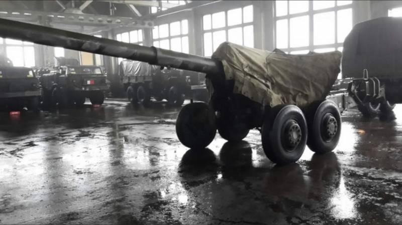Оперативная обстановка на ТВД Донбасса на фоне блистательно безумной стратегии Авакова. Каких шагов ждать?