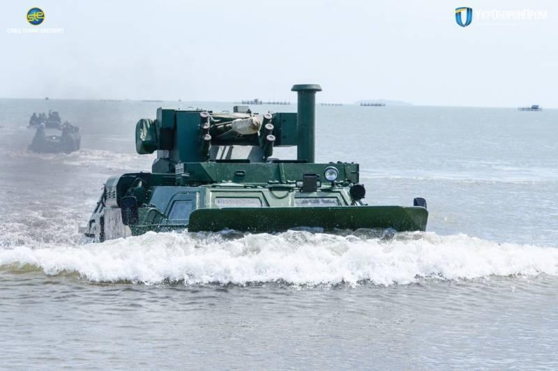 В Индонезии прошли испытания украинских БТР-4М