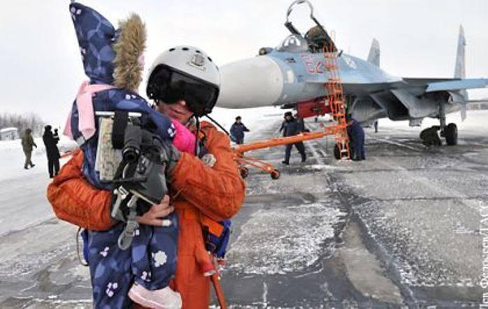 Возвращение палубной авиации с крейсера «Адмирал Кузнецов (видео)