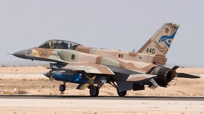 ВВС Израиля нанесли удар по сектору Газа после ракетного обстрела Ашкелона