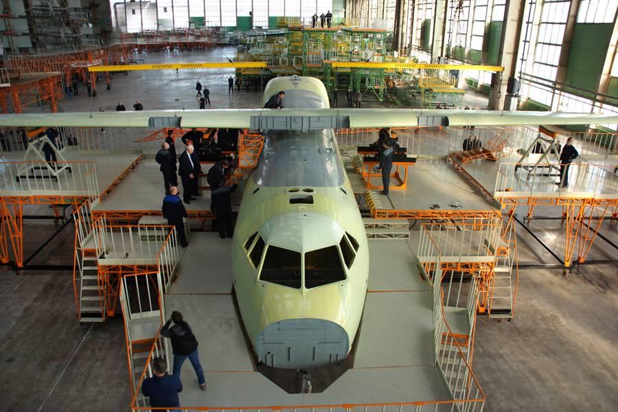 Взлетит позже: в РФ внезапно сорвали сроки первого полёта новейшего Ил-112В