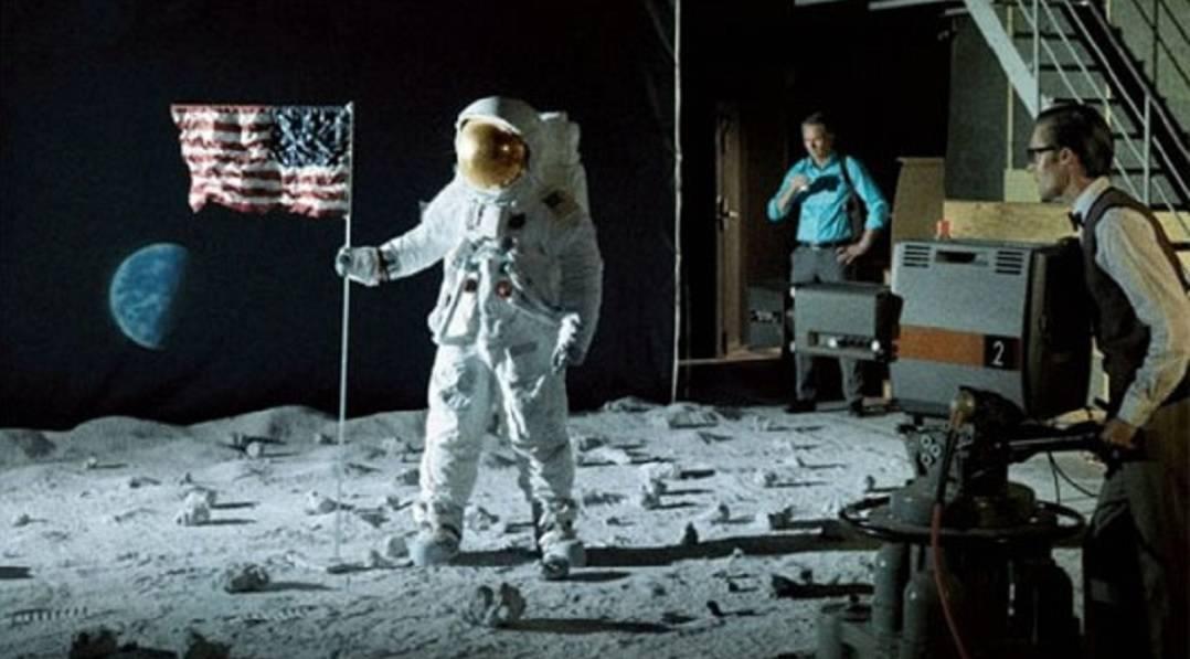 Кино разврат на луне, порно сайт озон