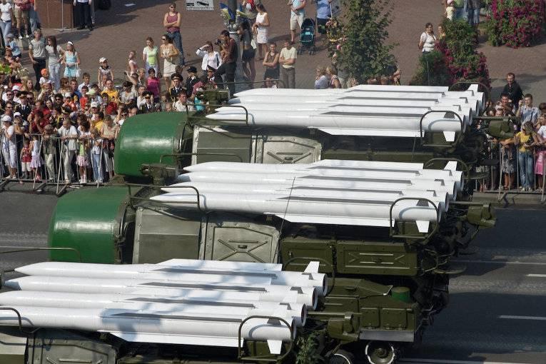 Эксперт: стрельбы украинских военных из «Бука» представляют угрозу безопасности РФ