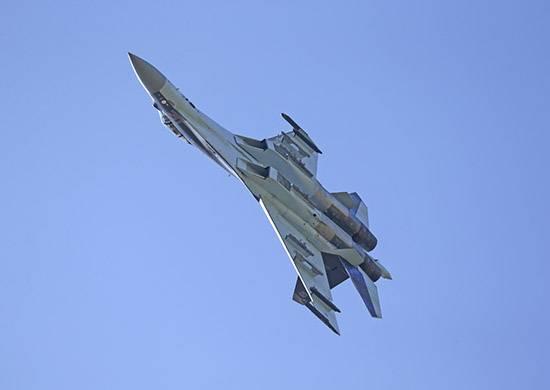 Китай получил от России первую партию Су-35