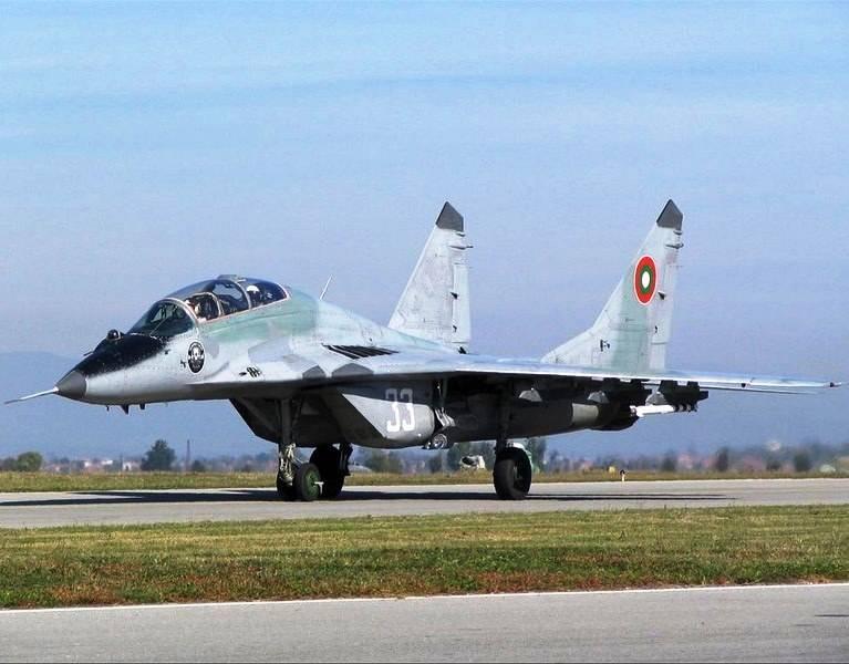 Болгарские истребители будет ремонтировать корпорация «МиГ»