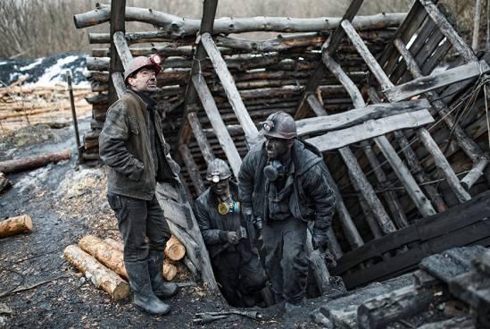 Inteligencia ucraniana: el bloqueo del Donbass conduce a la entrada de la población en las tropas LDNR