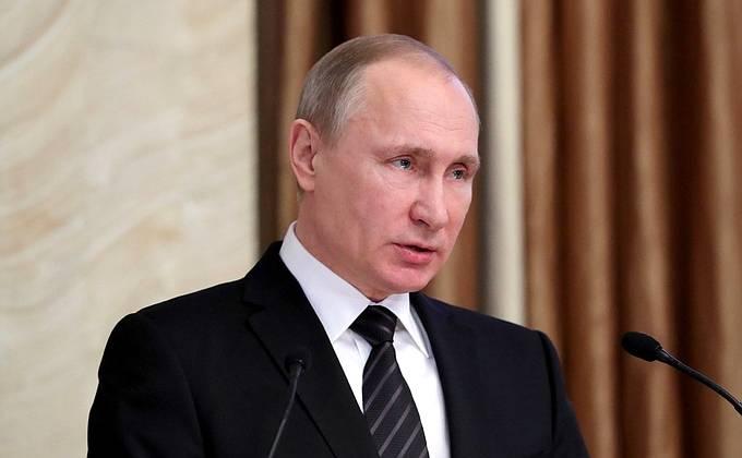 Президент РФ на коллегии ФСБ сообщил о попытках Киева сорвать Минский процесс