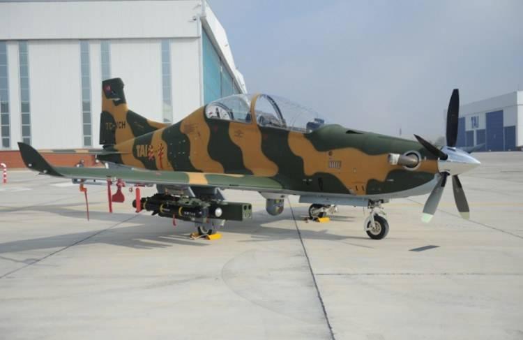 Новый лик Hurkus: Турция создает учебно-боевой самолет