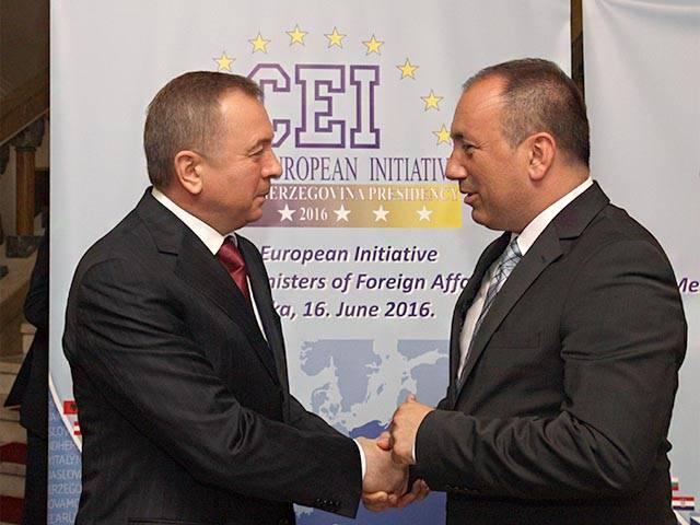 Bielorrússia e a União Europeia. Amizade, não estragada por dinheiro