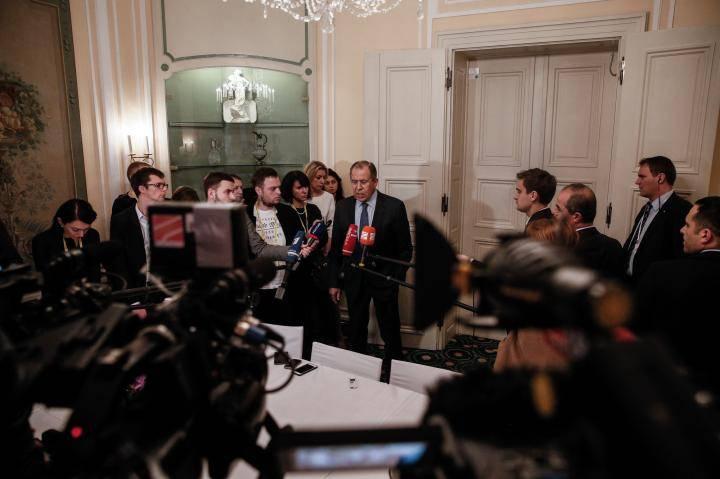Sergey Lavrov acusó a los servicios de inteligencia de Estados Unidos de tocar el teléfono del embajador ruso