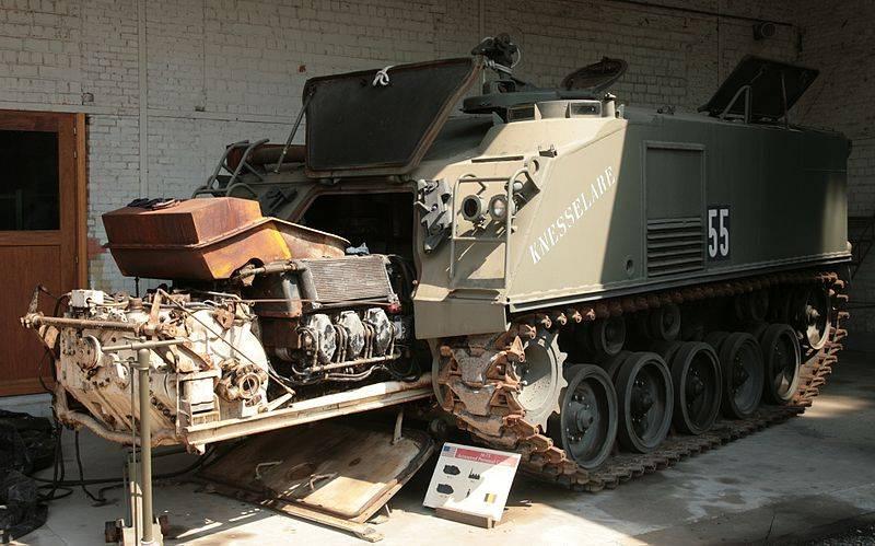 Transporte de pessoal blindado M75 (EUA)