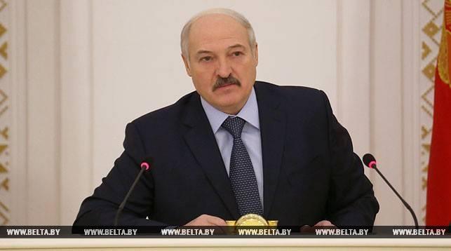Na Bielorrússia, declarou-se disposto a punir as pessoas com documentos da LC e da DNI