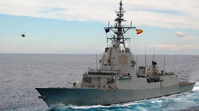Испанская газета: за фрегатом «Адмирал Хуан де Бурбон» в Черном море наблюдала пара Су-24