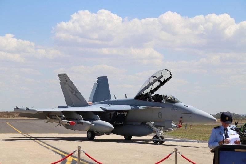 Парк австралийских ВВС пополнился первым самолетом РЭБ