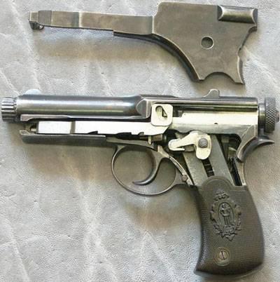 Pistola Roth-Sauer 1900