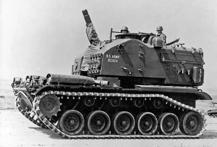 Самоходная артиллерийская установка M52 (США)