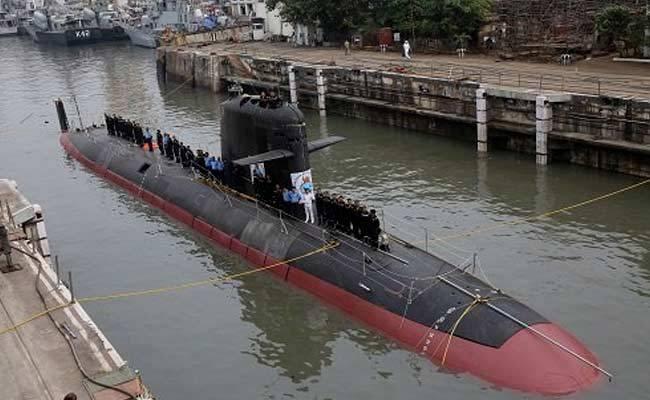 O primeiro lançamento do foguete SM39 de um submarino indiano do tipo Scorpene
