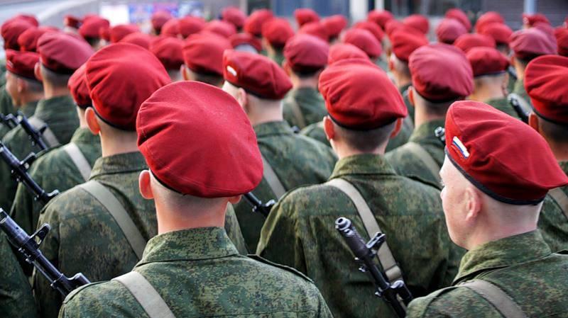 Boinas rojas contra cascos azules: el personal de mantenimiento de la paz ruso pondrá orden en Siria