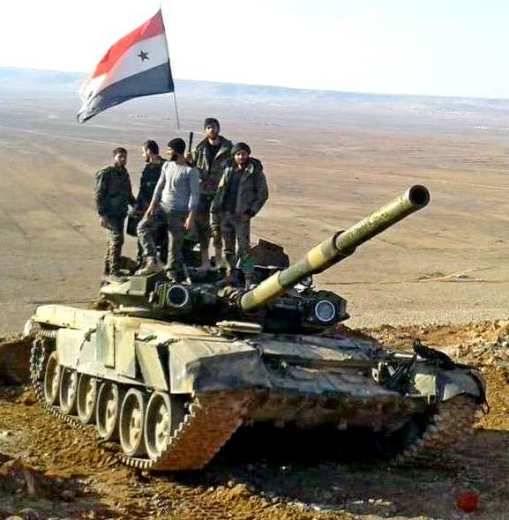 Síria: T-55, T-62, T-72 e T-90 no incêndio de batalhas brutais