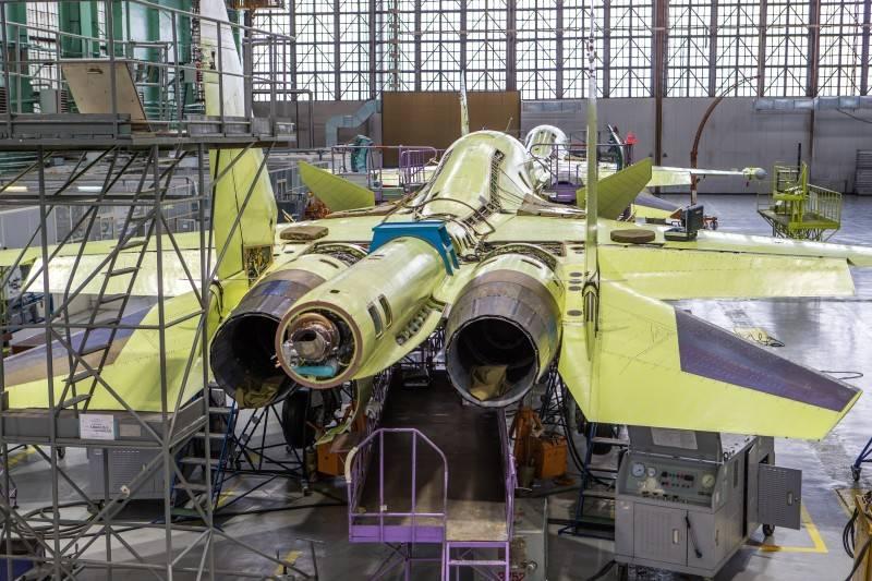 Titan und der Himmel: Die Su-34-Kabine wird mit einer neuen Technologie geschweißt