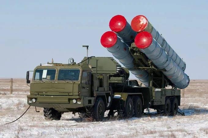 In 2017 wird die Krim durch ein neues C-400-Regiment der drei Divisionen verstärkt.