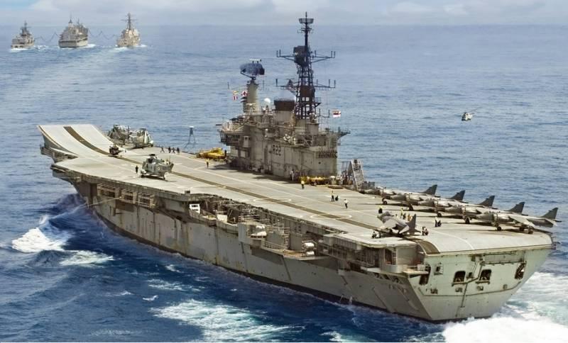 India ha dado de baja el portaaviones más antiguo del mundo