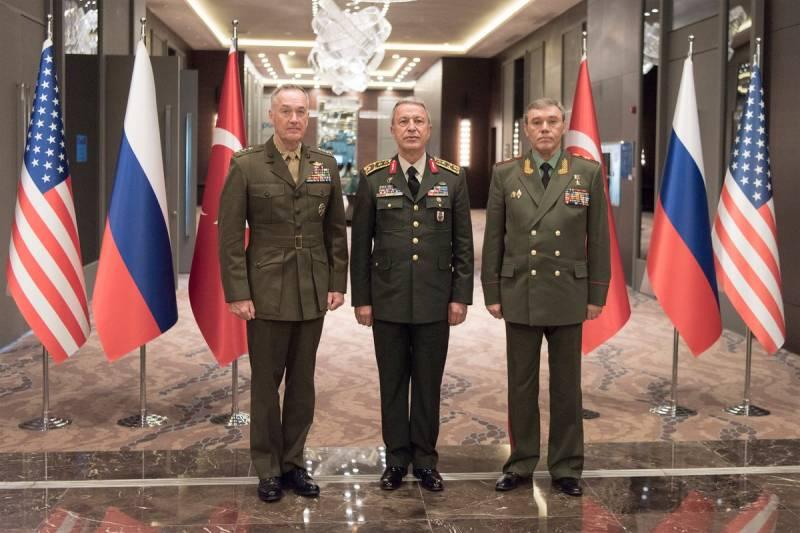 Кразминированию Пальмиры подключились 200 русских саперов