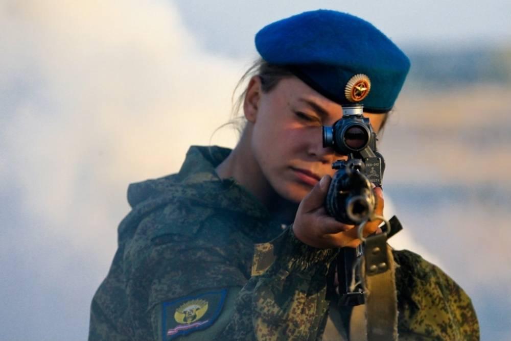 засветы баб в армии россии видео