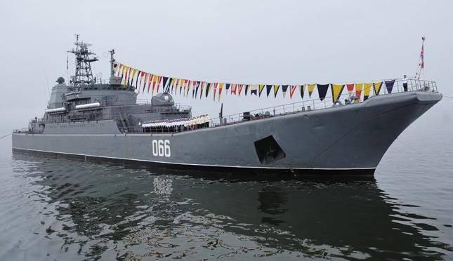БДК «Ослябя» сдан флоту