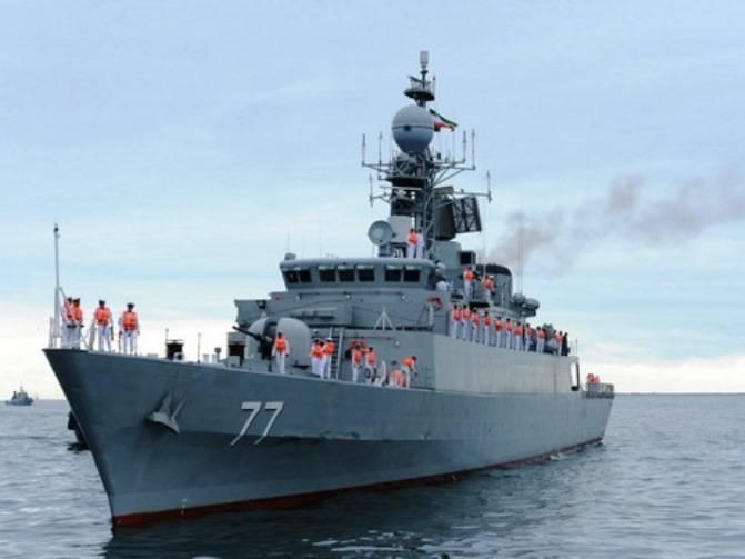 В Махачкалу прибыли корабли ВМС Ирана