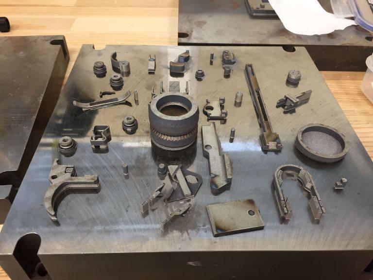 """Americanos """"imprimiram"""" um lançador de granadas em uma impressora 3D"""