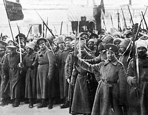 Der Auslöser der Revolution war der Zusammenbruch des Rückens aufgrund eines militärischen Fehlers