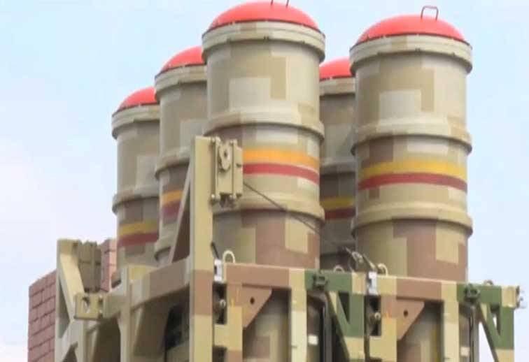 Пакистан принял на вооружение китайские ЗРК LY-80