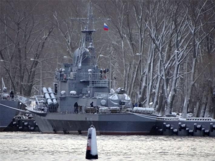 """""""Estaleiro do Norte"""" concluiu a reparação de um par de navios para a Marinha da Argélia"""