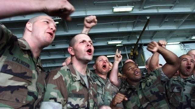 Латвия запрещает солдатам НАТО передвигаться с заряженным оружием