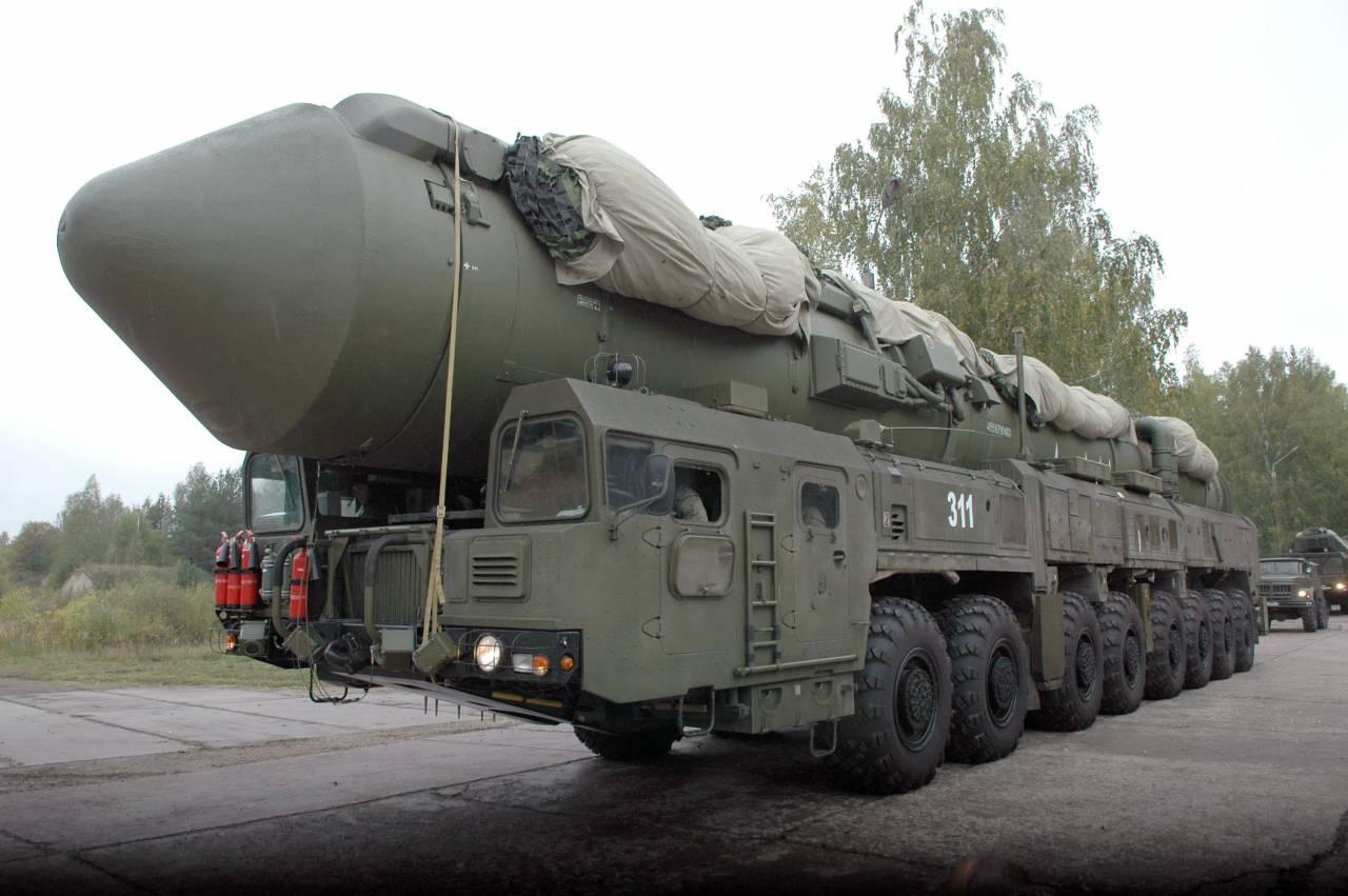 «Тополь» и«Ярс» заступили набоевое дежурство в русских областях