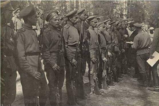 Nationale Einheiten der russischen Armee im Ersten Weltkrieg. Teil von 3