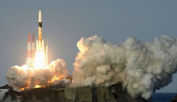 Япония запустила вкосмос разведывательный спутник