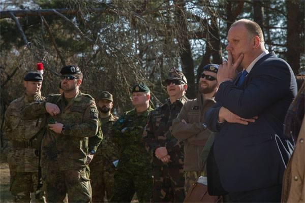 """Латвия открывает казармы для натовских """"защитников"""""""