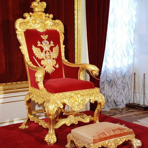 Die überwiegende Mehrheit der Russen gegen die Monarchie