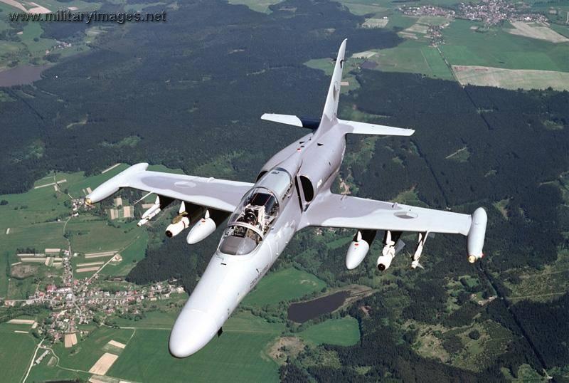 La Repubblica Ceca riprende la produzione di aerei da addestramento al combattimento L-159 ALKA